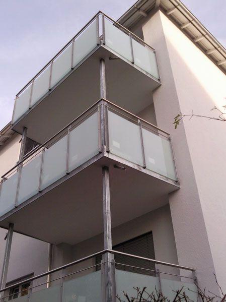 Balkonerweiterung mit RHS-Stützen