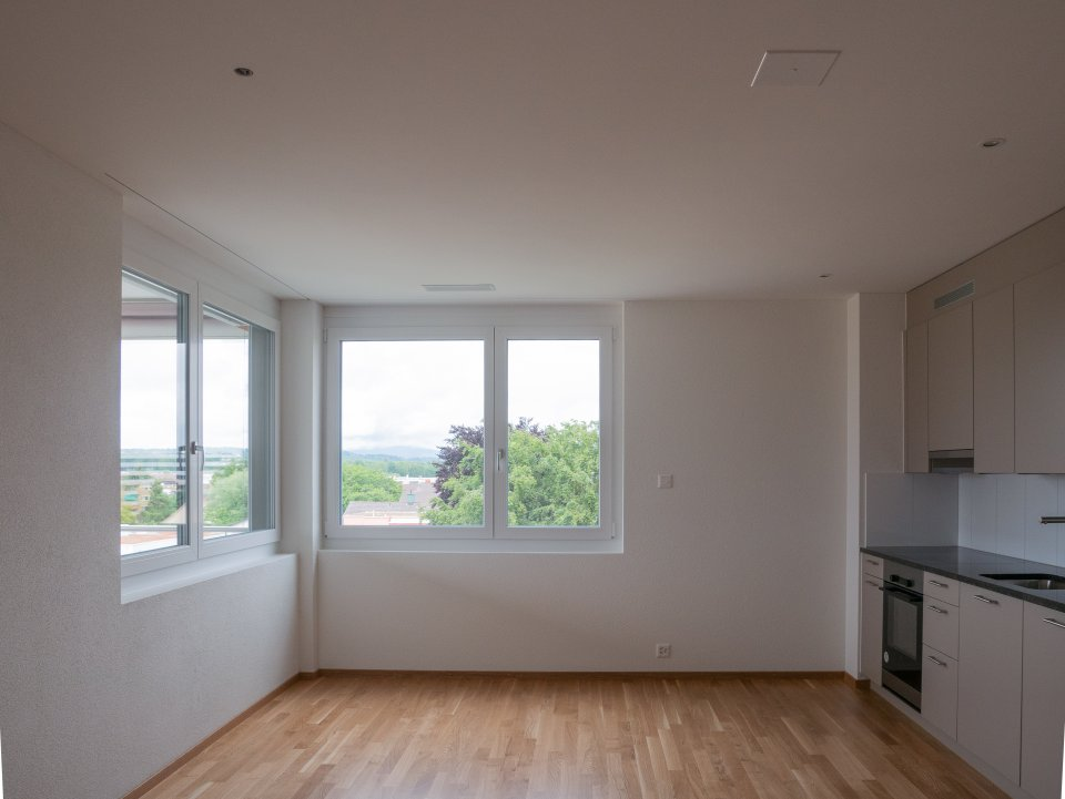 2 Zi Wohnung: Wohnzimmer/Küche